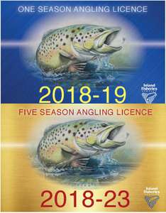An image of the 2018-19 one season licence card and the 2018-23 five season licence card.